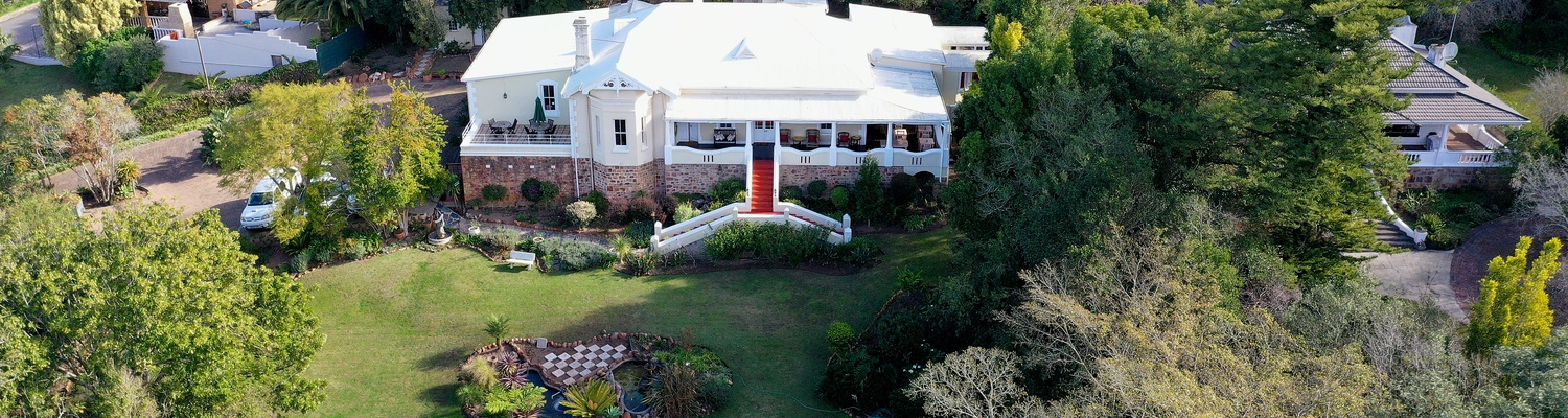 Arial view of Braeside Guest House in Swellendam set in large garden